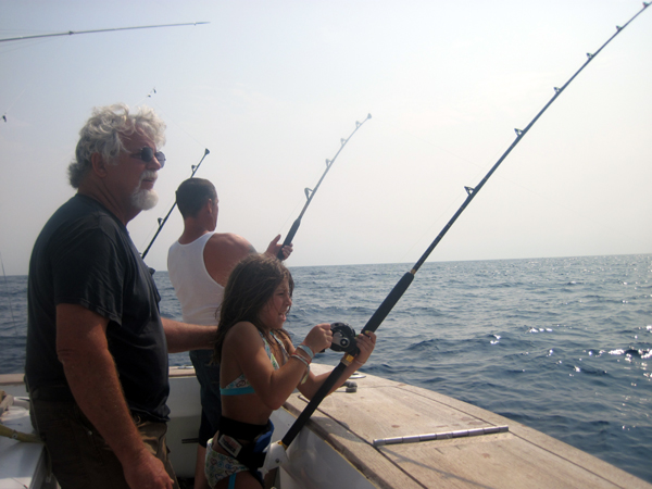 Ou nj report an epic day of marlin fishing for Tuna fishing charters nj